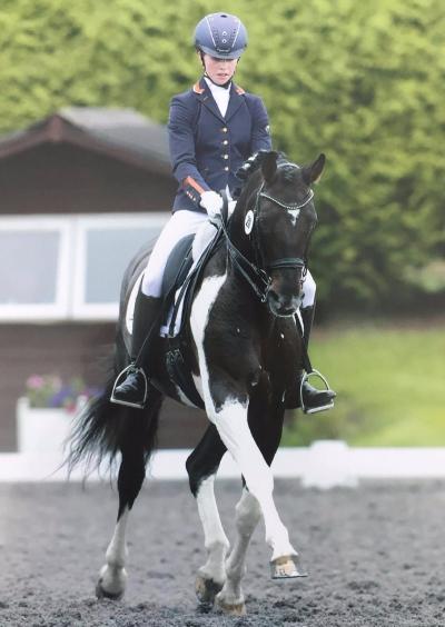 Robyn Walker riding Master Merlin at Sheepgate Byrds